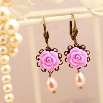 Pink pearl and rose dangle earrings, lilac rose drop earrings, delicate earrings, bridesmaids earrings, bridal earrings, beaded earrings